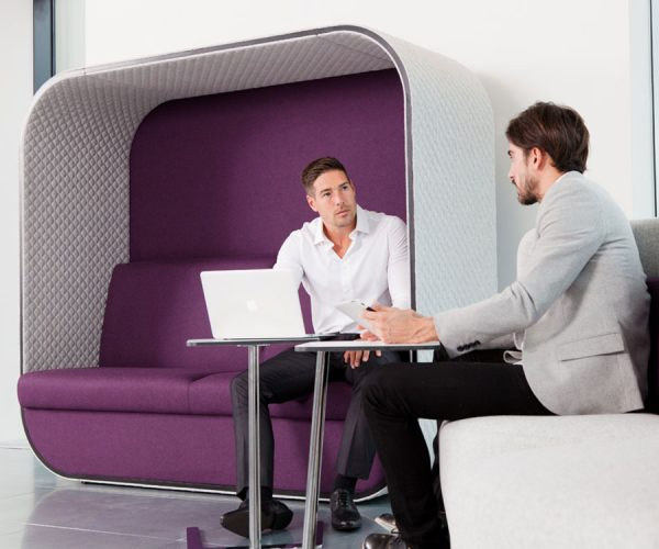 Meeting in Boss Cocoon Seating
