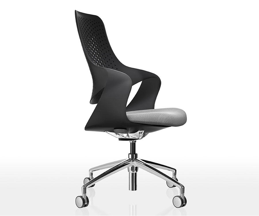 Boss Coza Chair Black